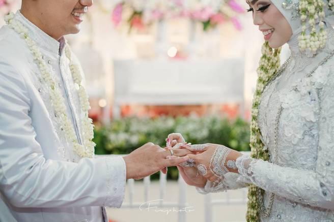 Tips Berhubungan Seksual Yang Bagus Dengan Istri Menurut Islam